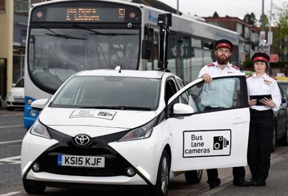 Nawet £90 kary grzywny za korzystanie z buspasów w Belfaście!