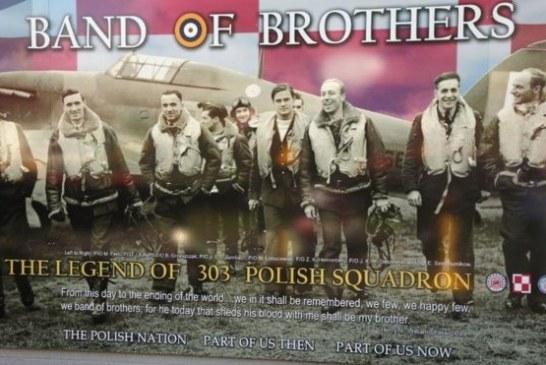 Band of Brothers – Odsłonięcie muralu w zachodnim Belfaście ku czci polskich pilotów z Dywizjonu 303